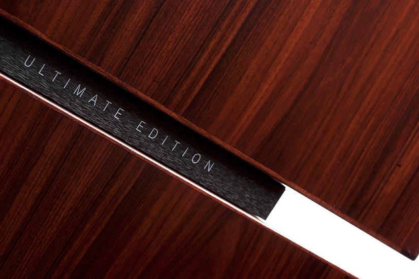 Ultimate Edition on todella nimensä mukainen. Niin tyylissä kuin äänessäkin.