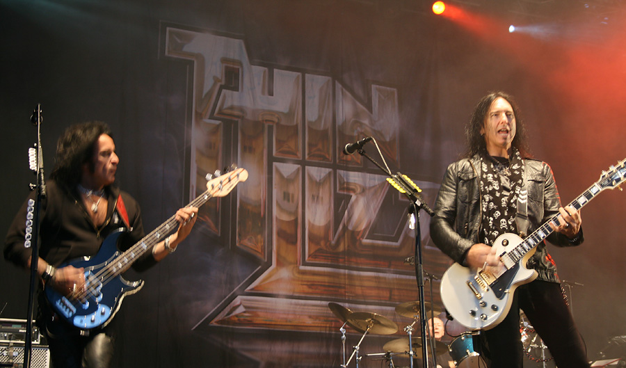 Thin Lizzy -basisti Marco Mendoza ja -kitaristi Damon Johnson